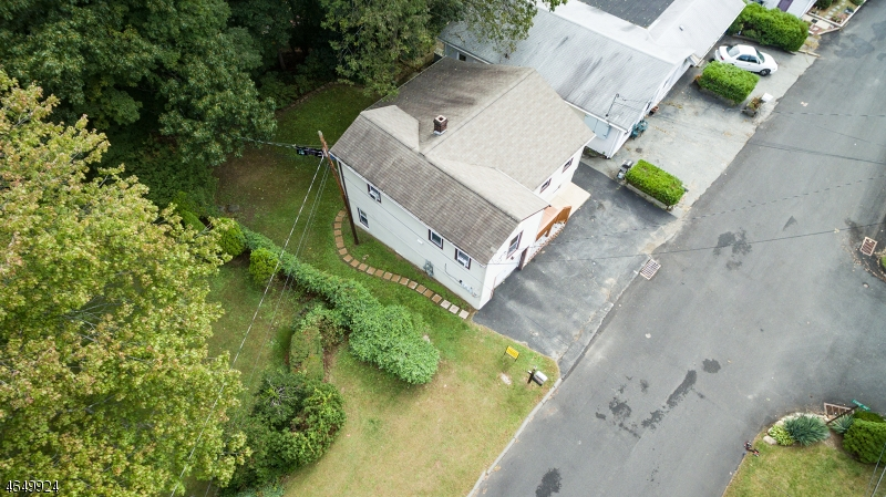 Additional photo for property listing at 22 Terrace Avenue  Butler, New Jersey 07405 États-Unis