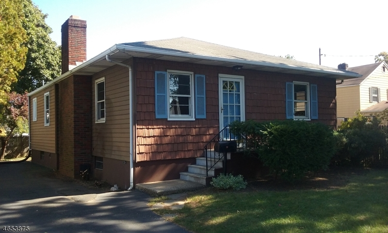 Additional photo for property listing at 306 Park Place  Bound Brook, New Jersey 08805 États-Unis