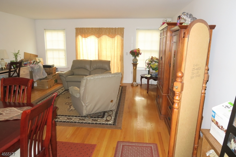 Additional photo for property listing at 708-14 E FRONT Street  Plainfield, Nueva Jersey 07062 Estados Unidos