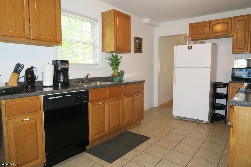 Additional photo for property listing at 708-14 E FRONT Street  Plainfield, New Jersey 07062 États-Unis