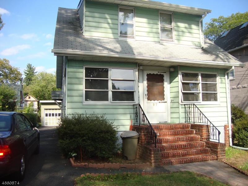 Casa Multifamiliar por un Venta en 57 57 Circle Dr, drway Teaneck, Nueva Jersey 07666 Estados Unidos