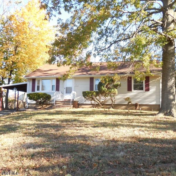 Casa Unifamiliar por un Alquiler en 202 Willow Avenue Piscataway, Nueva Jersey 08854 Estados Unidos