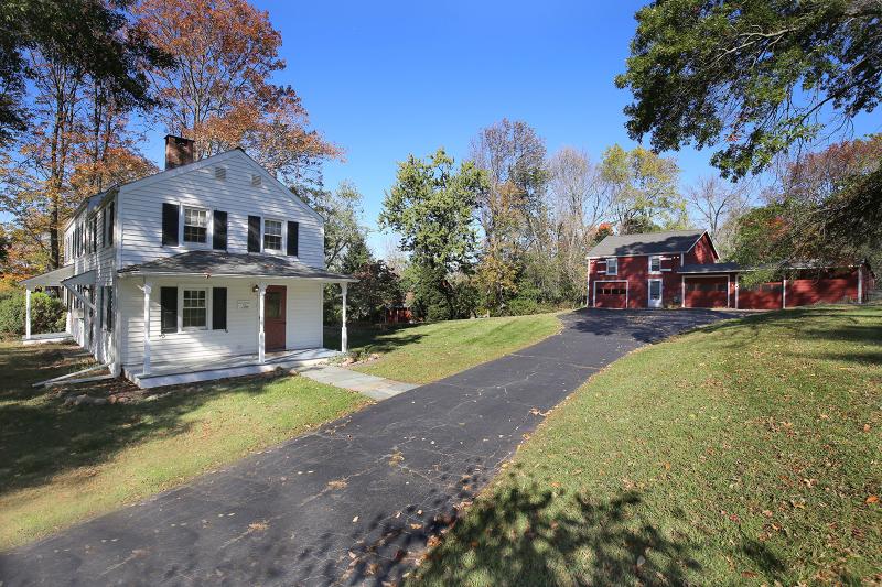 Casa Unifamiliar por un Alquiler en 128 Readington Road Whitehouse Station, Nueva Jersey 08889 Estados Unidos