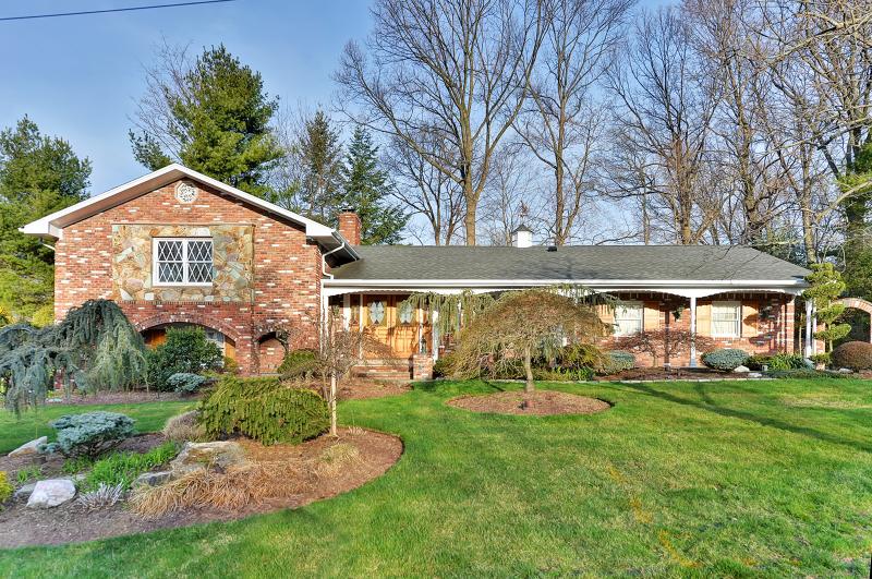 Частный односемейный дом для того Продажа на 70 Ann Ter Park Ridge, Нью-Джерси 07656 Соединенные Штаты