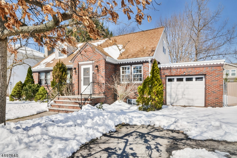 Single Family Home for Sale at 10-13 ELLIS Avenue Fair Lawn, New Jersey 07410 United States