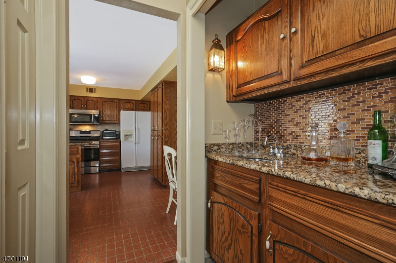 Additional photo for property listing at 6 Wedgewood Lane  Autres Areas, New Jersey 07945 États-Unis