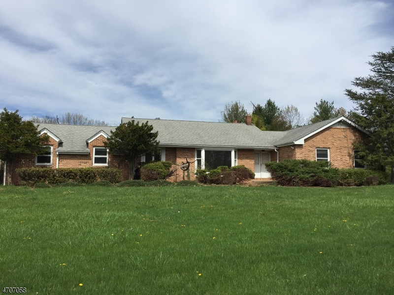 Single Family Home for Sale at 6 Chambers Brook Road Readington, 08889 United States