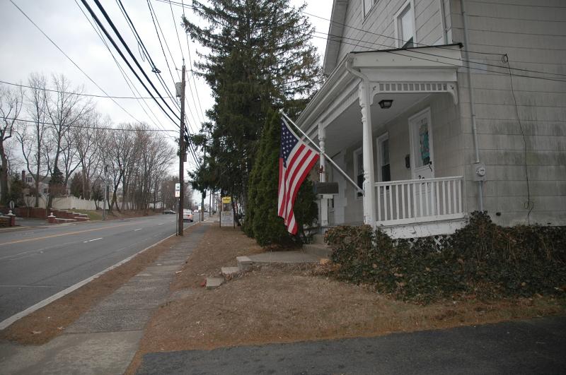 Thương mại vì Bán tại 294 Pompton Avenue Cedar Grove, New Jersey 07009 Hoa Kỳ