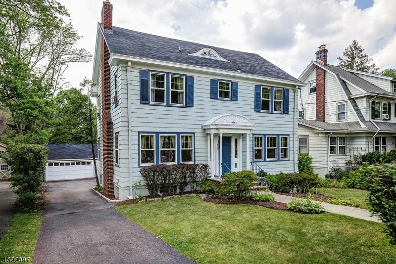 Частный односемейный дом для того Продажа на 545 Prospect Street Maplewood, 07040 Соединенные Штаты