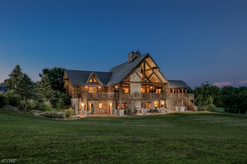 独户住宅 为 销售 在 909 WEST END Drive Stillwater, 新泽西州 07860 美国