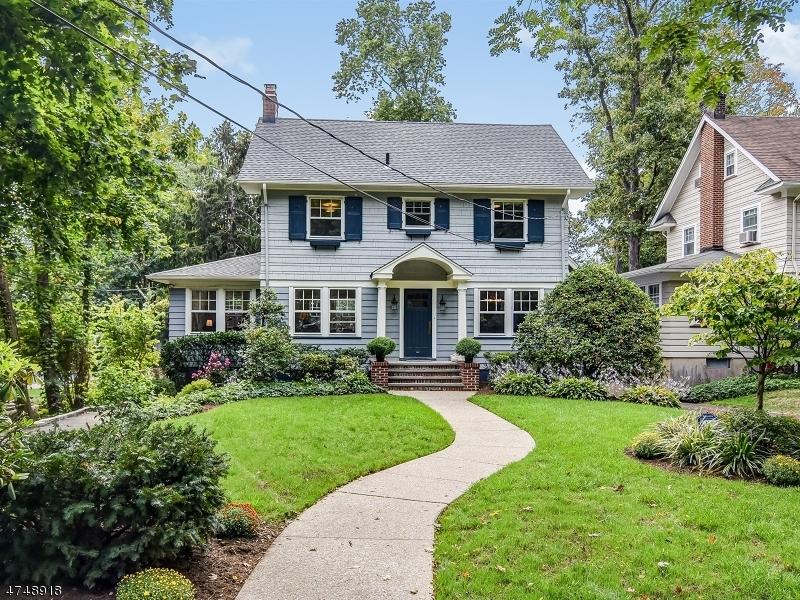 独户住宅 为 销售 在 14 Maple Ter Maplewood, 新泽西州 07040 美国