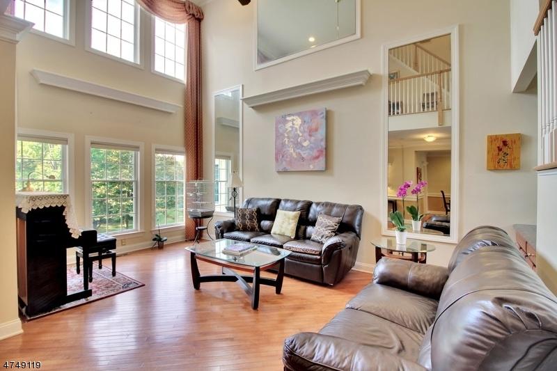 Maison unifamiliale pour l à louer à 3 Georgetown Court Bernards Township, New Jersey 07920 États-Unis