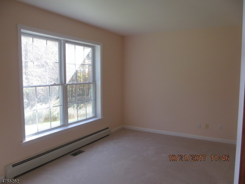 Additional photo for property listing at 921 Owassa Road  Stillwater, Nueva Jersey 07860 Estados Unidos