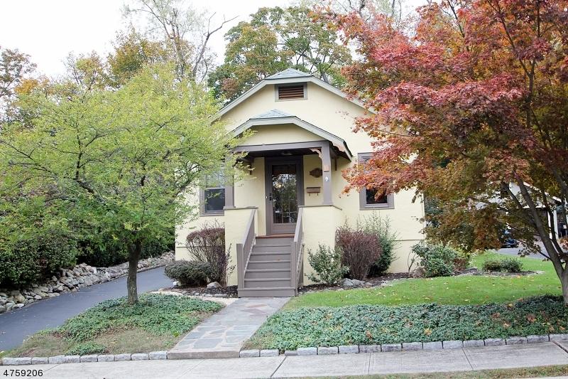Casa Unifamiliar por un Venta en 15 Payne Avenue Midland Park, Nueva Jersey 07432 Estados Unidos
