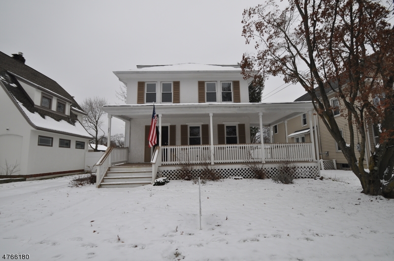 Single Family Home for Sale at 22 Franklin Place Morris Plains, New Jersey 07950 United States
