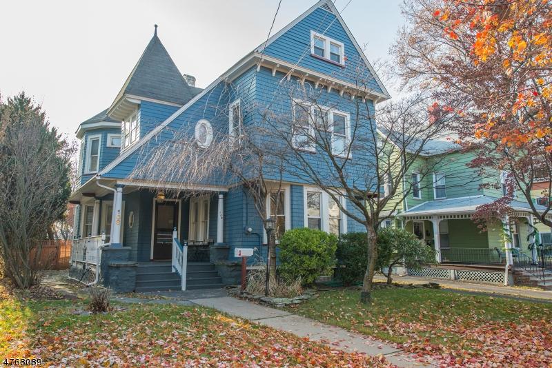 Maison unifamiliale pour l à louer à 108 Claremont Avenue Montclair, New Jersey 07042 États-Unis