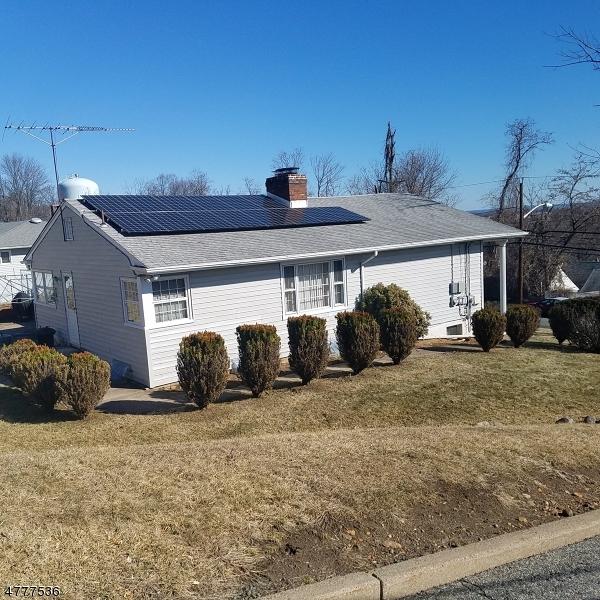 Частный односемейный дом для того Продажа на 24 Grove Street Haledon, Нью-Джерси 07508 Соединенные Штаты
