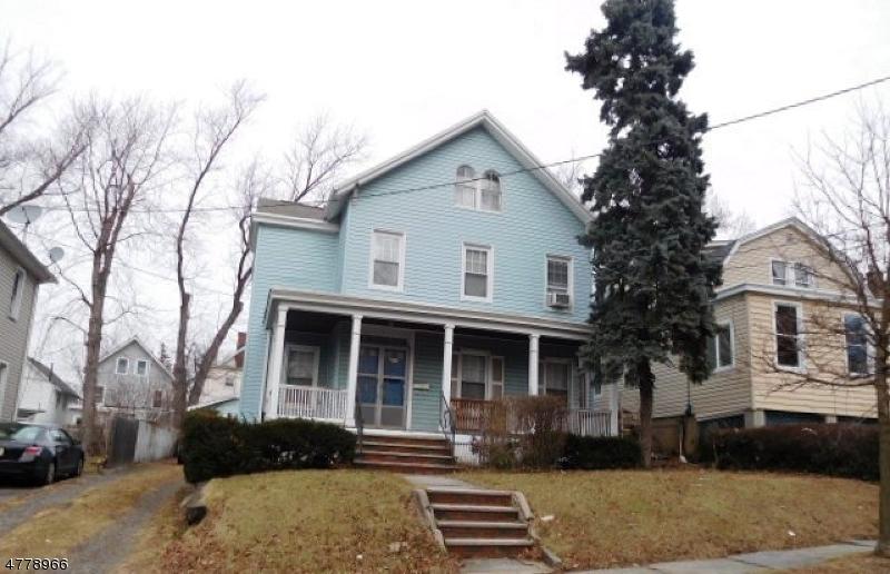 Maison unifamiliale pour l Vente à 469 Willow Street Orange, New Jersey 07050 États-Unis
