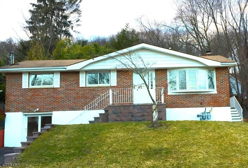 多户住宅 为 销售 在 83 Guy St, A B Dover Township, 新泽西州 07801 美国