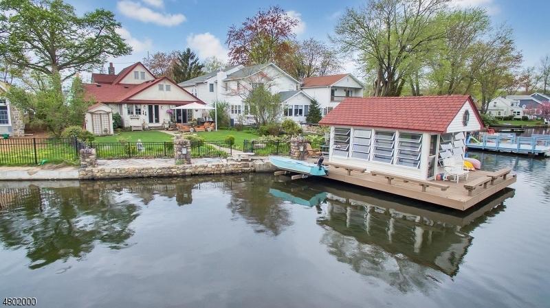 Casa Unifamiliar por un Venta en 20 Lenape Trail Denville, Nueva Jersey 07834 Estados Unidos
