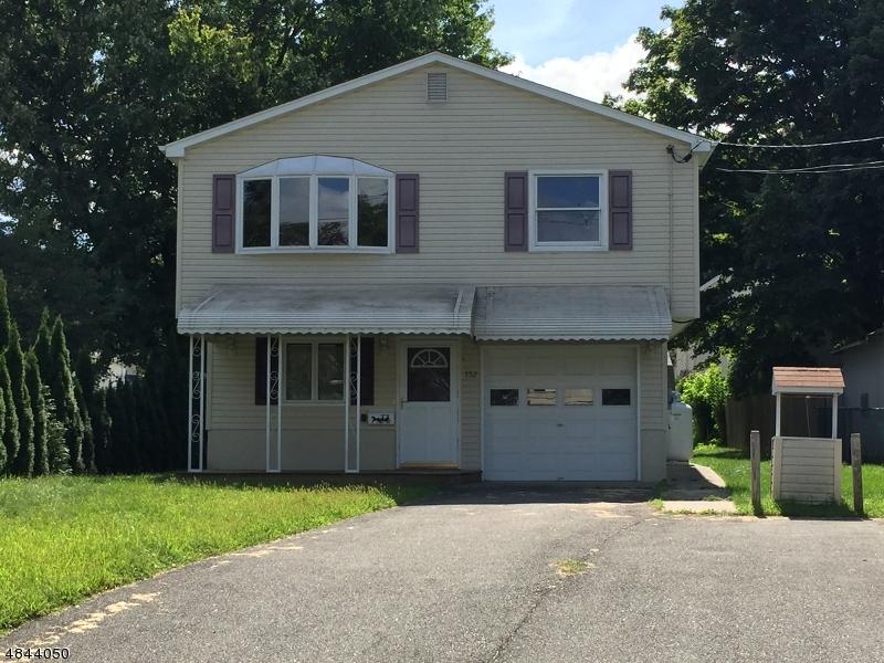 Nhà ở một gia đình vì Thuê tại 552 MAIN ST LAND Roxbury Township, New Jersey 07850 Hoa Kỳ