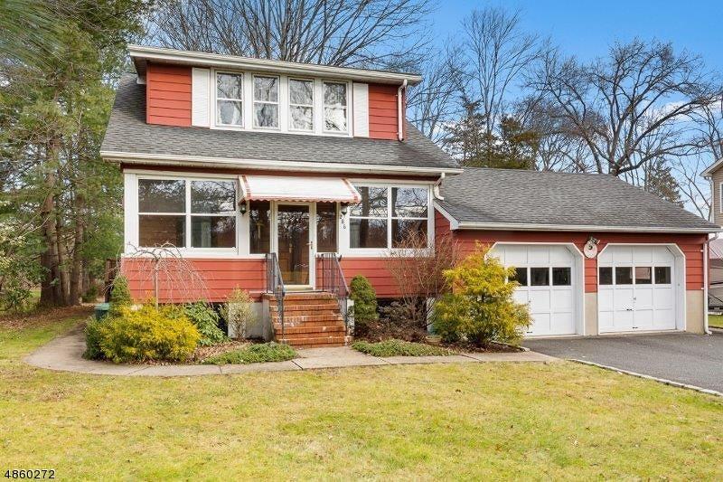 独户住宅 为 销售 在 286 CEDAR KNOLLS Road Hanover, 新泽西州 07927 美国