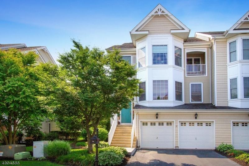Condo / Casa geminada para Venda às South Amboy, Nova Jersey 08879 Estados Unidos