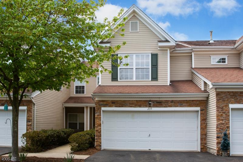 Кондо / дом для того Продажа на Pompton Lakes, Нью-Джерси 07442 Соединенные Штаты