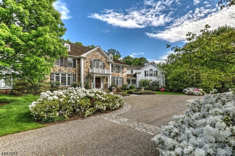 Single Family Homes для того Продажа на Bernardsville, Нью-Джерси 07924 Соединенные Штаты