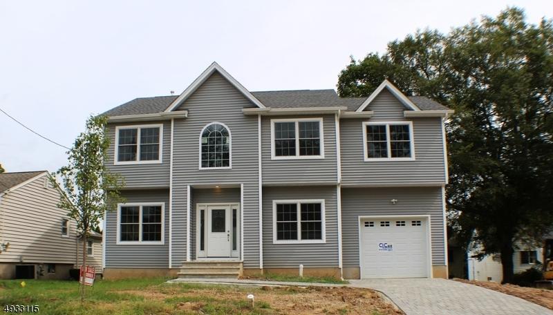 Single Family Homes para Venda às Parsippany, Nova Jersey 07034 Estados Unidos