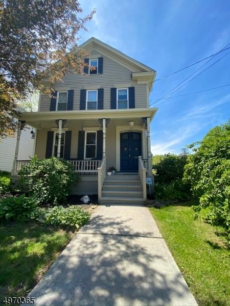 Single Family Homes 为 销售 在 Belvidere, 新泽西州 07823 美国