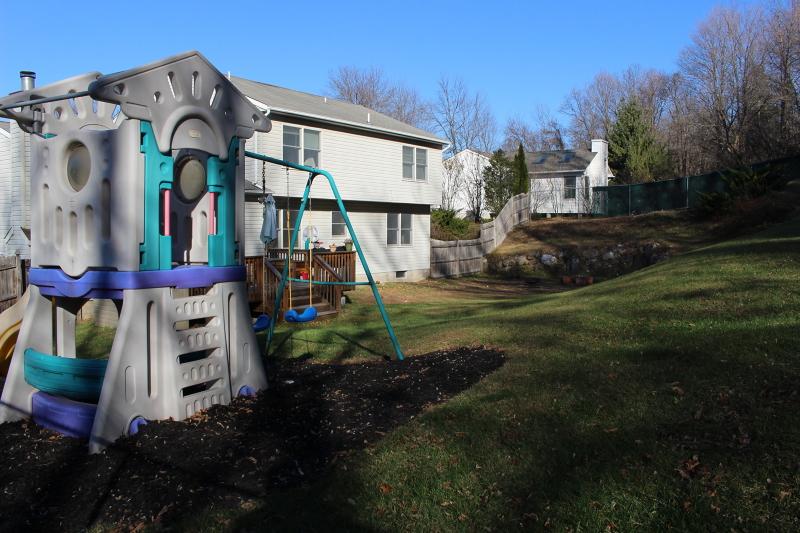 Частный односемейный дом для того Продажа на 18 Fox Hill Drive Franklin, 07416 Соединенные Штаты