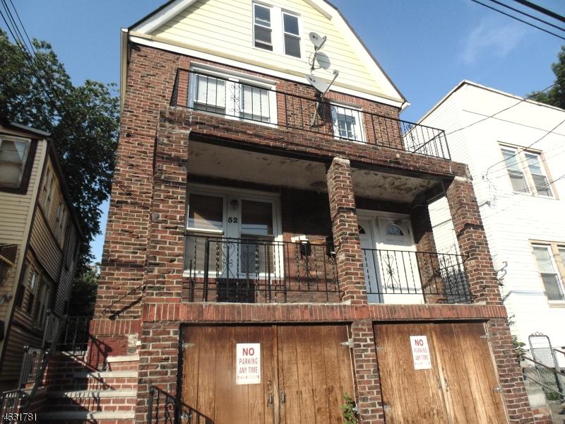 Многосемейный дом для того Продажа на 52 Welland Avenue Irvington, Нью-Джерси 07111 Соединенные Штаты