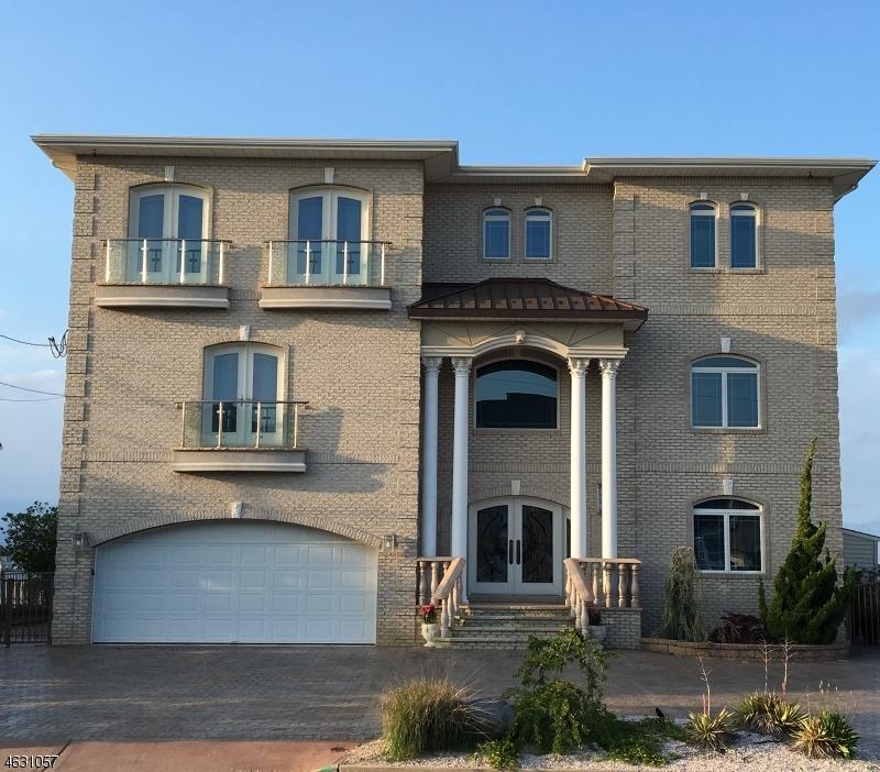 Частный односемейный дом для того Продажа на 1874 Ensign Court Toms River, 08753 Соединенные Штаты