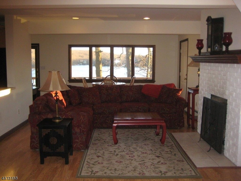 Additional photo for property listing at 43 UP GRNWD Road  Hewitt, New Jersey 07421 États-Unis