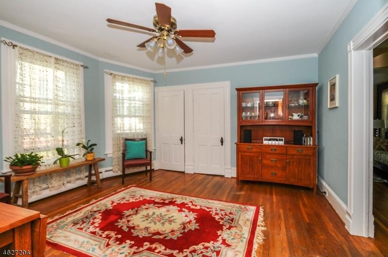 Additional photo for property listing at 10 Thomas Street  High Bridge, New Jersey 08829 États-Unis