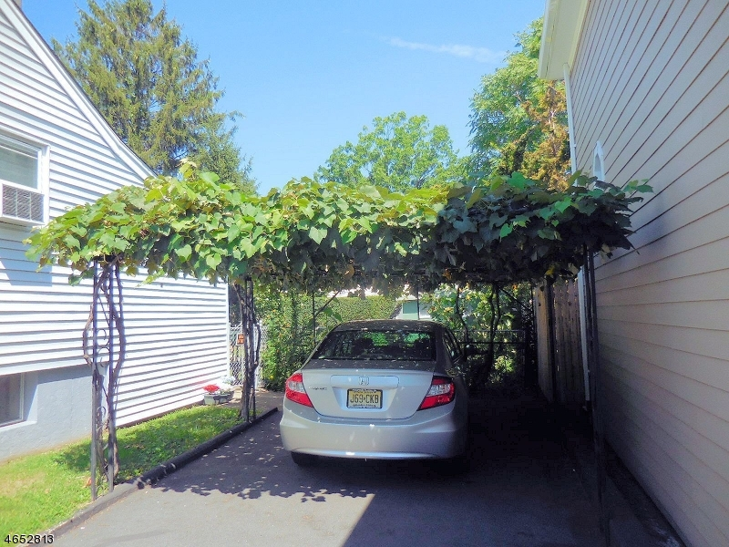 Additional photo for property listing at 116 Warren Street  Clifton, Nueva Jersey 07013 Estados Unidos