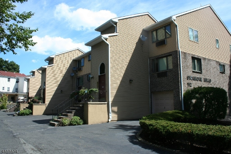 Additional photo for property listing at 112 Mill St, UNIT F  Belleville, Nueva Jersey 07109 Estados Unidos