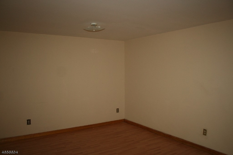 Additional photo for property listing at 112 Mill St, UNIT F  Belleville, New Jersey 07109 United States