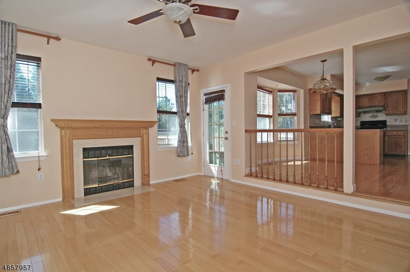 Additional photo for property listing at 73 Choctaw Ridge Road  Somerville, Нью-Джерси 08876 Соединенные Штаты
