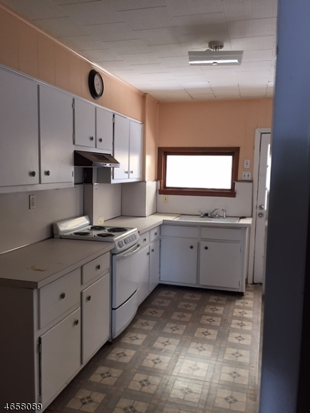 Additional photo for property listing at 64 Lewis Street  Phillipsburg, Nueva Jersey 08865 Estados Unidos