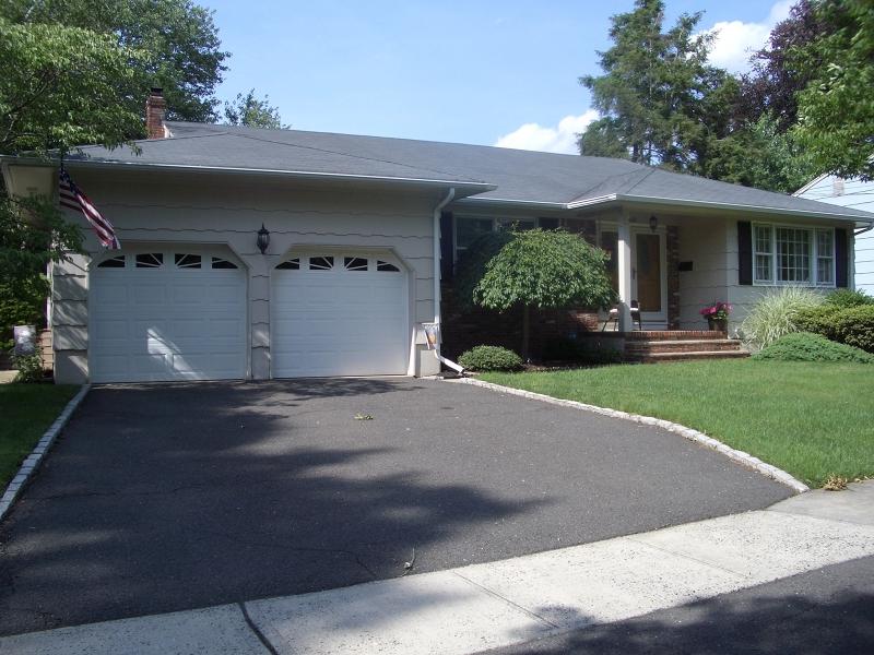 独户住宅 为 销售 在 681 Streetone Street 拉维, 07065 美国
