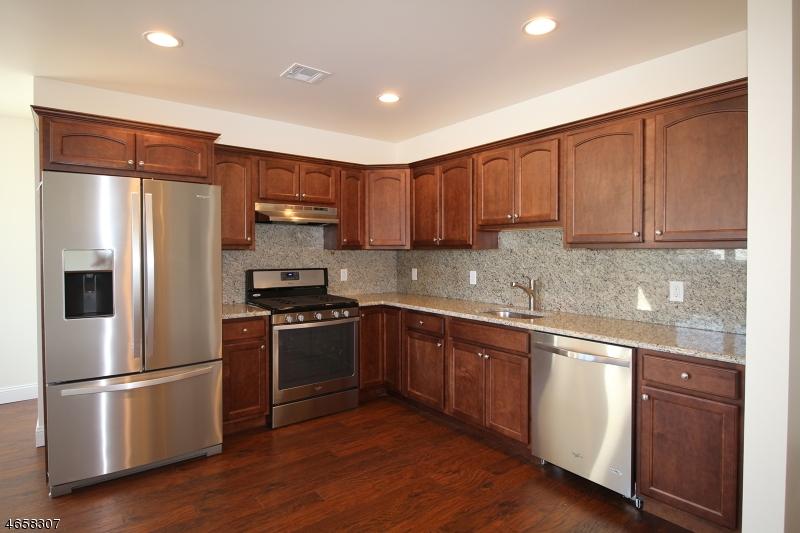 独户住宅 为 出租 在 373 Park Avenue Scotch Plains, 新泽西州 07076 美国