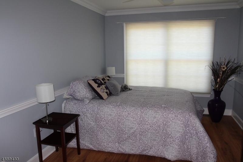 Casa Unifamiliar por un Venta en 9 Sawgrass Way Drive Annandale, Nueva Jersey 08801 Estados Unidos