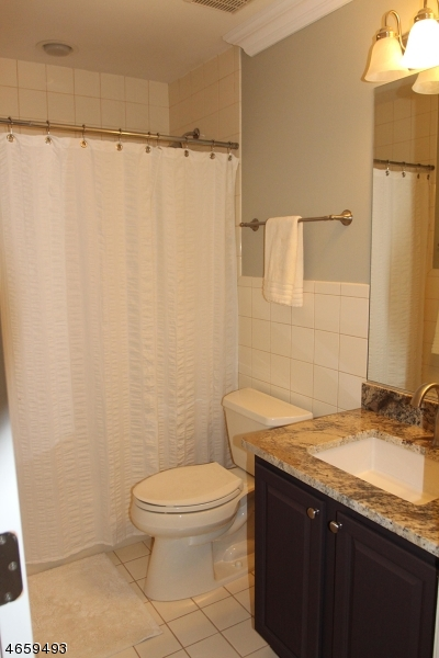 Additional photo for property listing at 9 Sawgrass Way Drive  Annandale, Nueva Jersey 08801 Estados Unidos