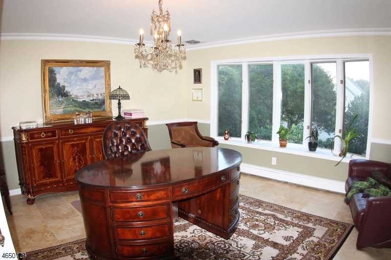 Additional photo for property listing at 502 Mortimer Court  Franklin Lakes, New Jersey 07417 États-Unis