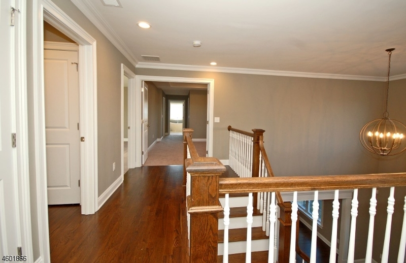 Additional photo for property listing at 114 Elia Drive  Branchburg, New Jersey 08853 États-Unis