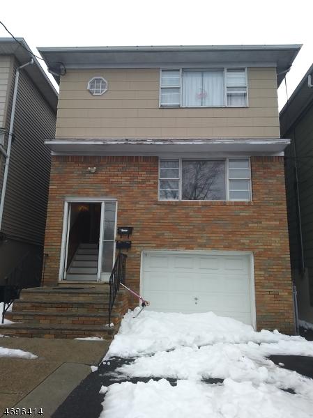 Многосемейный дом для того Продажа на 221 Sussex Street Harrison, 07029 Соединенные Штаты