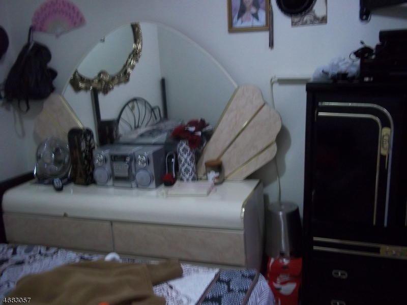 Additional photo for property listing at 61-63 WAKEMAN Avenue  Newark, Nueva Jersey 07104 Estados Unidos