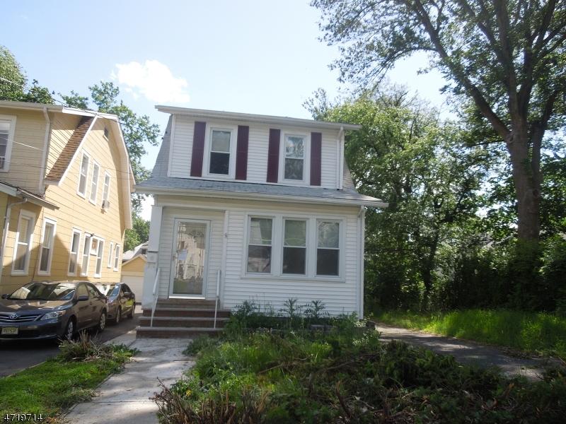 Частный односемейный дом для того Аренда на 110-14 HILLCREST Avenue Plainfield, Нью-Джерси 07062 Соединенные Штаты